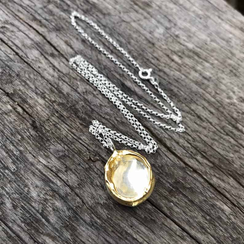 ELEMENTIsle Gold Edge Droplet Pendant