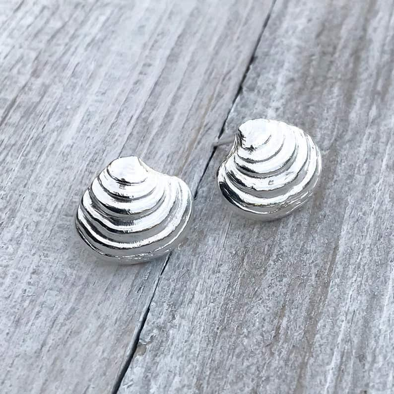 ELEMENTIsle Silver Venus Clam Stud Earrings