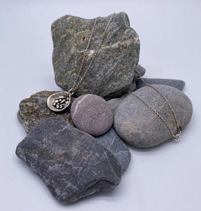 ELEMENTIsle Hidden Treasures Pendant