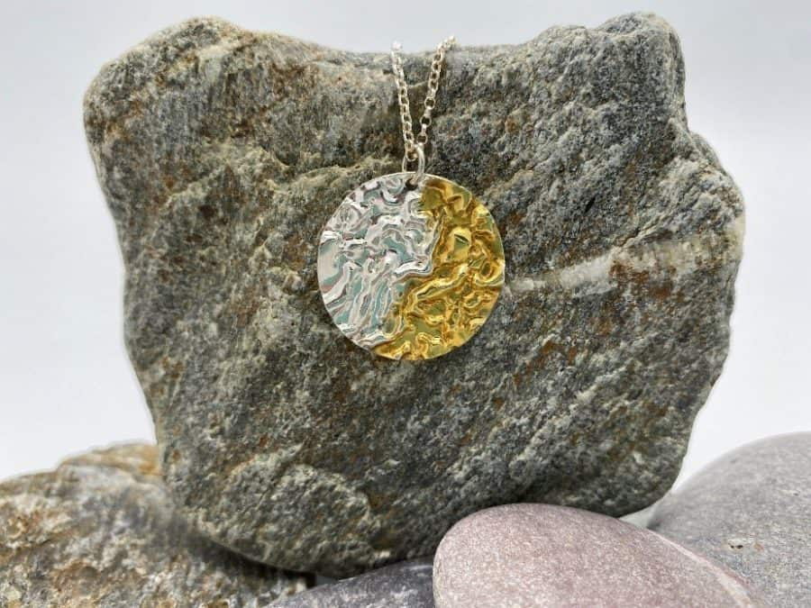 ELEMENTIsle Gold and Silver Ripple Pendant