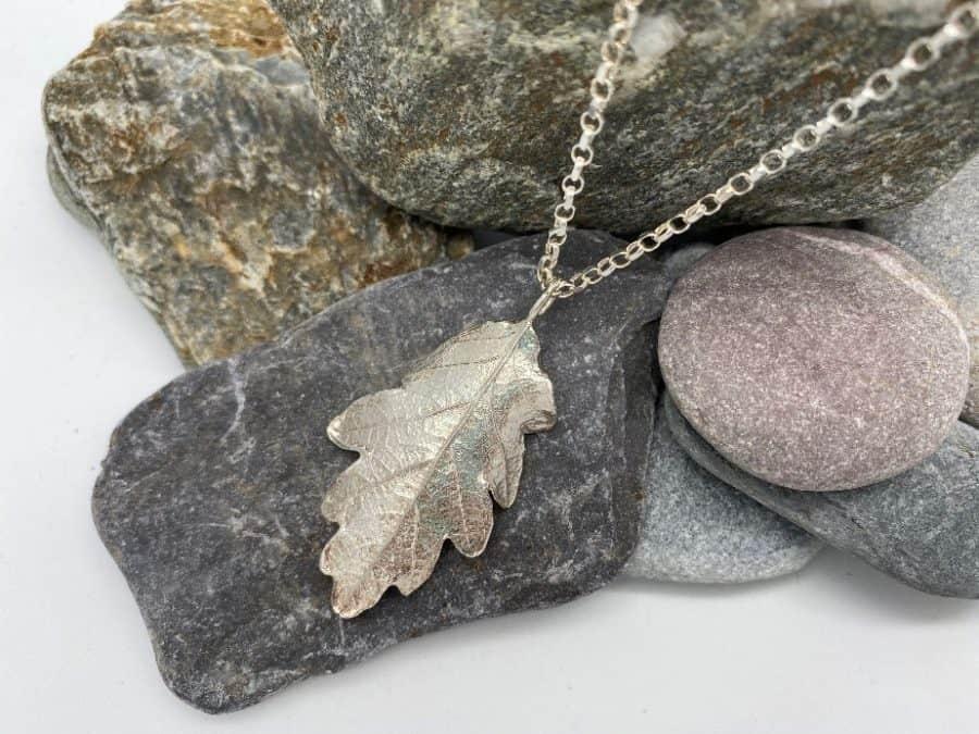 ELEMENTIsle Oak Leaf Pendant
